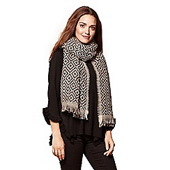 Yumi - Black aztec patterned scarf