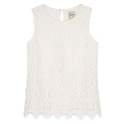 Yumi Girl - WHITE Embellished Crochet Lace Top