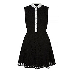 Iska - Black contrast lace collar skater dress