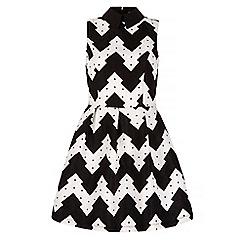 Iska - Black zig zag print collar skater dress