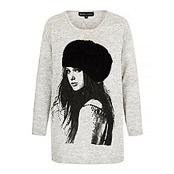 Iska - Grey Girl in a Beanie Print Oversized Jumper