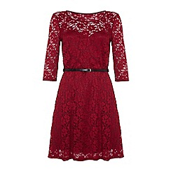 Iska - Sweetheart lace dress