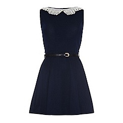Iska - Pearl collar dress