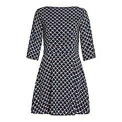 Iska - Geometric dress.