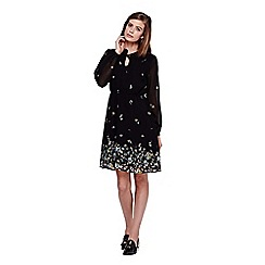 Yumi - Black Long Sleeve Flower Tea Dress