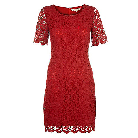 Yumi - Red Classic lace shift dress