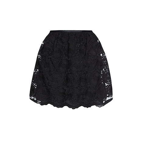 Yumi - Black Lovely in lace skirt