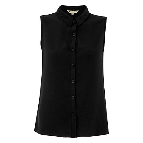 Yumi - Black Flower detail shirt