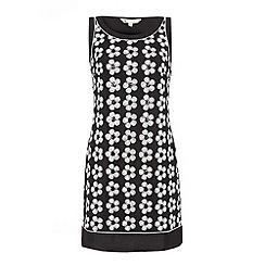Yumi - Black Sequin daisy dress