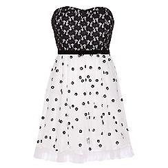 Yumi - White Precious petal prom dress