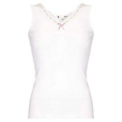 Yumi - White V-Neckline Pyjama Top