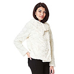 Yumi - cream Fluffy Faux Fur Collared Jacket