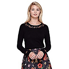 Yumi - black Flower Embroidered Jumper