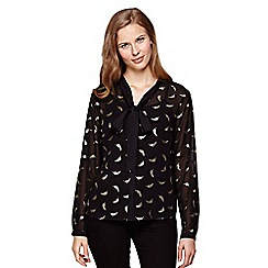 Yumi - Black Blouse With Gold Feather Print