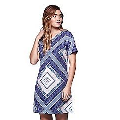 Yumi - Blue floral diamond short sleeve shift dress