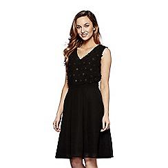 Yumi - Black floral print 'Jenna' midi skater dress