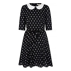 Yumi - Black arrow print collar dress