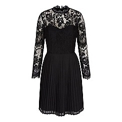 Yumi - Black long sleeve lace pleated dress