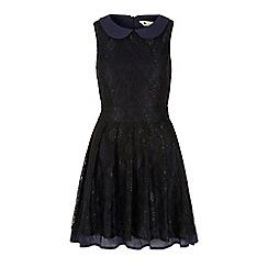 Yumi - Black lace collar dress