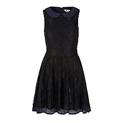 Yumi - Black lace collar dress