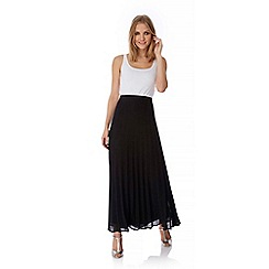 Yumi - Black Pleated Maxi Skirt