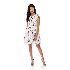 Yumi - White Tropical Bird Print Day Dress