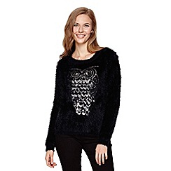 Yumi - Black Fluffy Jumper With Sequin Owl