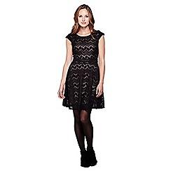 Yumi - Black  Lace Sleeveless Occasion Dress