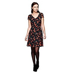 Yumi - black Short Sleeve Poppy Print Dress