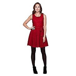 Yumi - Red Lace Sleeveless Dress