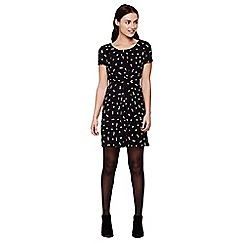 Yumi - black  Short Sleeved Daisy Print Dress