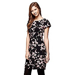 Yumi - Black Floral Printed Short Sleeve Shift Dress