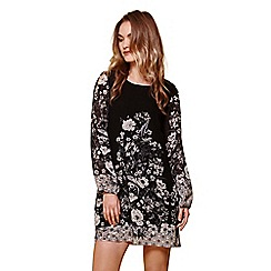 Yumi - Black floral border shift dress