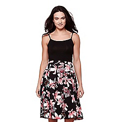 Yumi - Black flower print pleat skirt