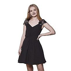Yumi - Black lace sleeves dress