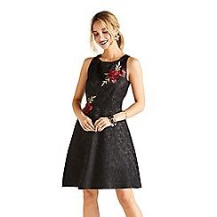 Yumi - Black floral print lace 'Greta' mini skater dress