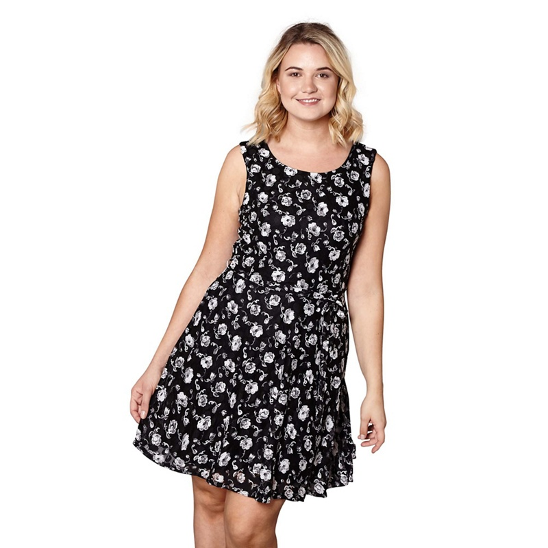 b711fdf9fe Yumi Curves - Black Rose Patterned  Liana   Mini Tie Belt Skater Dress