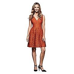 Yumi - Chevron lace sleeveless dress