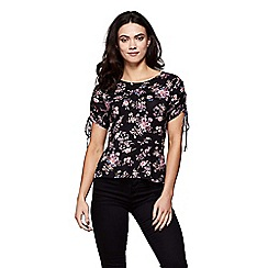 Yumi - Black ruched sleeve floral woodland top