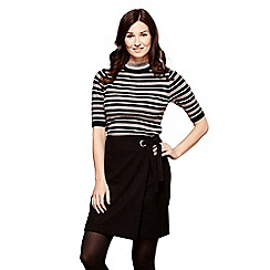 Yumi - Black mini wrap skirt