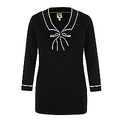 Yumi - Black monochrome pussybow jumper