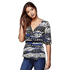 Yumi - Blue graphic wrap jersey top