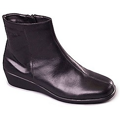 Aerosoles - Black 'Fantastic Four' leather ankle boots
