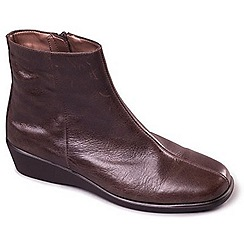 Aerosoles - Brown 'Fantastic Four' leather ankle boots