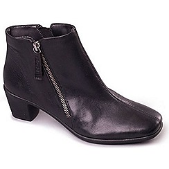 Aerosoles - Black Aerosoles 'Elbow' Womens  Leather Ankle Boots