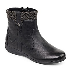 Padders - Black 'Crofton' ankle boot