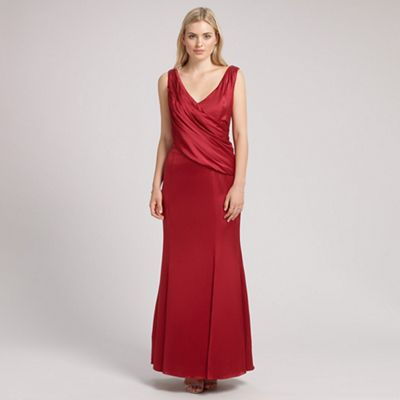 Red Coloured Mother Of The Bride Outfits And Dresses 2015