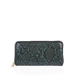 Lotus - Green 'Ayanna' clutch bag
