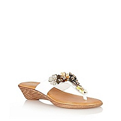 Lotus - White 'Sicily' toe-post sandals