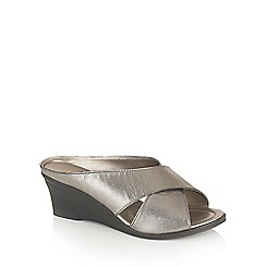 Lotus - Pewter 'Trino' open toe mules